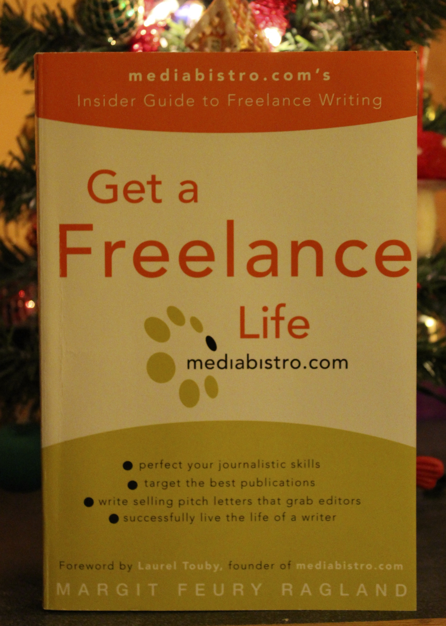 My Freelance Writing 101 Course And A Book Giveaway